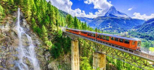 Trenino del Bernina e Valtellina